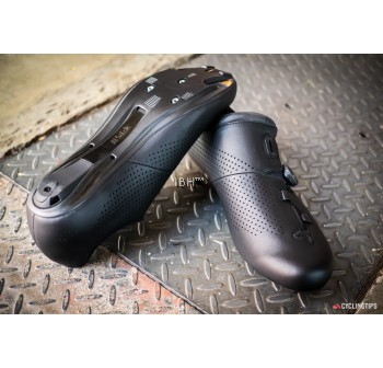 Fizik R1B Road Shoes clipless carbon