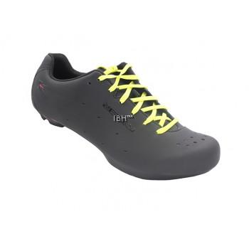 Zeray E110 road shoe clipless 3 holes laces giro empire